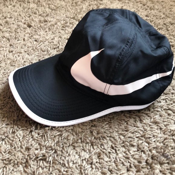 92035524c Nike dri fit black and white hat